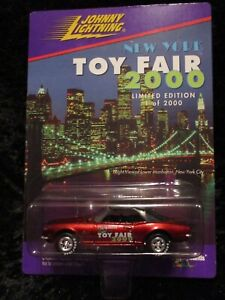 Collectible '00 Johnny Lightning New York Toy Fair 1968 Chevrolet Camero