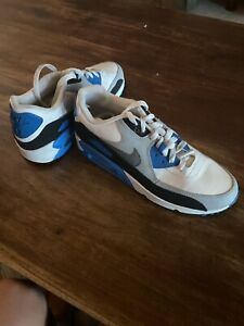 Nike-Air-Max-90-Vintage-essential-Blue-Black-And-White-Size-7Y