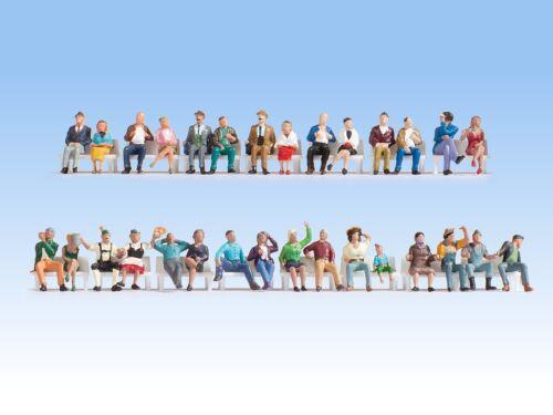sans bancs + + NOUVEAU /& NEUF dans sa boîte Encore 16045 h0 Mega SPAR-SET assis 30 personnages