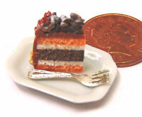 1:12 Scale Slice Of Cake On A Plate Dolls House Miniature Food Accessory SC20