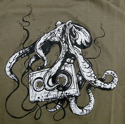 Octopus Love Cassette tape 80 deep ocean Retro Graphic drawing Man T-shirt XL