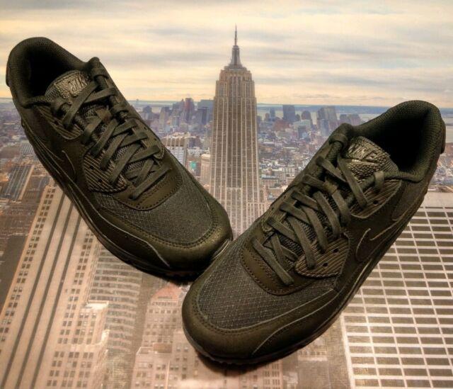 sports shoes 89f38 827fa Nike Air Max 90 Black Volt Mens US Size 8 UK 7 EUR 41
