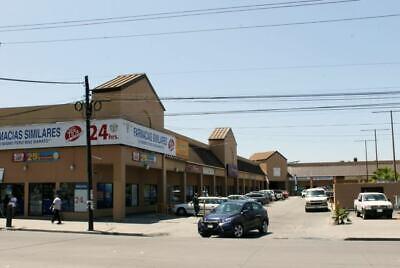 Se renta local en Centro Comercial Insurgentes PMR-140