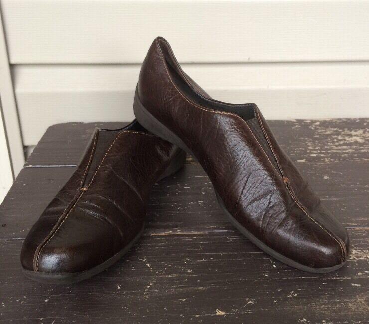 Zapatos De De De Vestir Munro American Leather resbalón en Casual Comodidad Marrón Talla 9 Usado En Excelente Estado   200  mejor moda