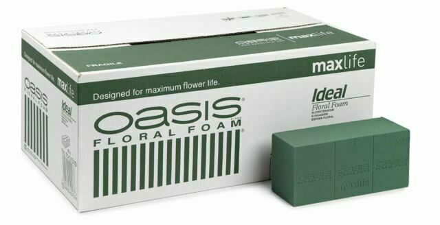 2 Oasis Ideal Wet Block//Brick and 2 Green Sandwich Tray