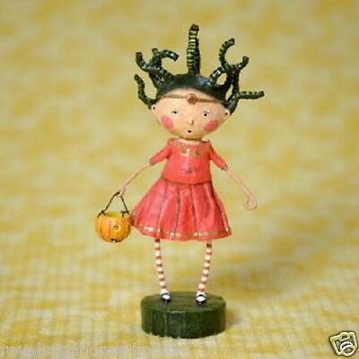 36134 Petrifying Medusa Lori Mitchell Halloween Figurine Mythology Snake Hair