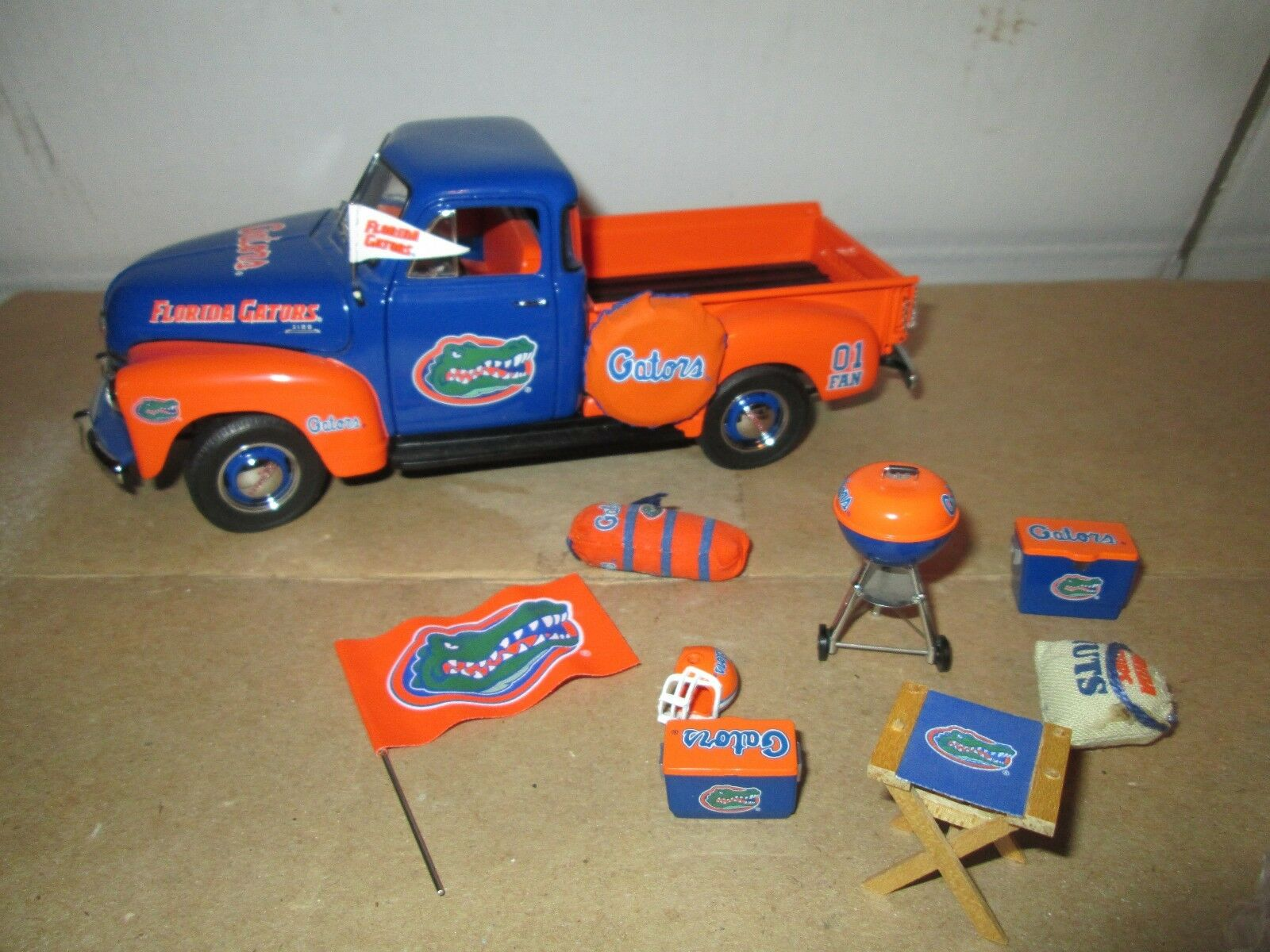 Florida Gators Danbury Mint 1 24 Camionnette 1950 Chevy Uf Football