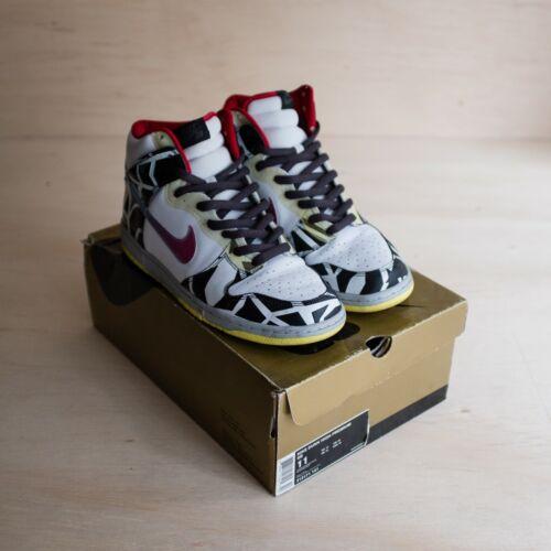 Nike SB Dunk High Thrashin Size 11 PREOWNED