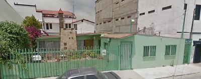 Amplia casa de un nivel con excelente ubicación en El Soler, Tijuana