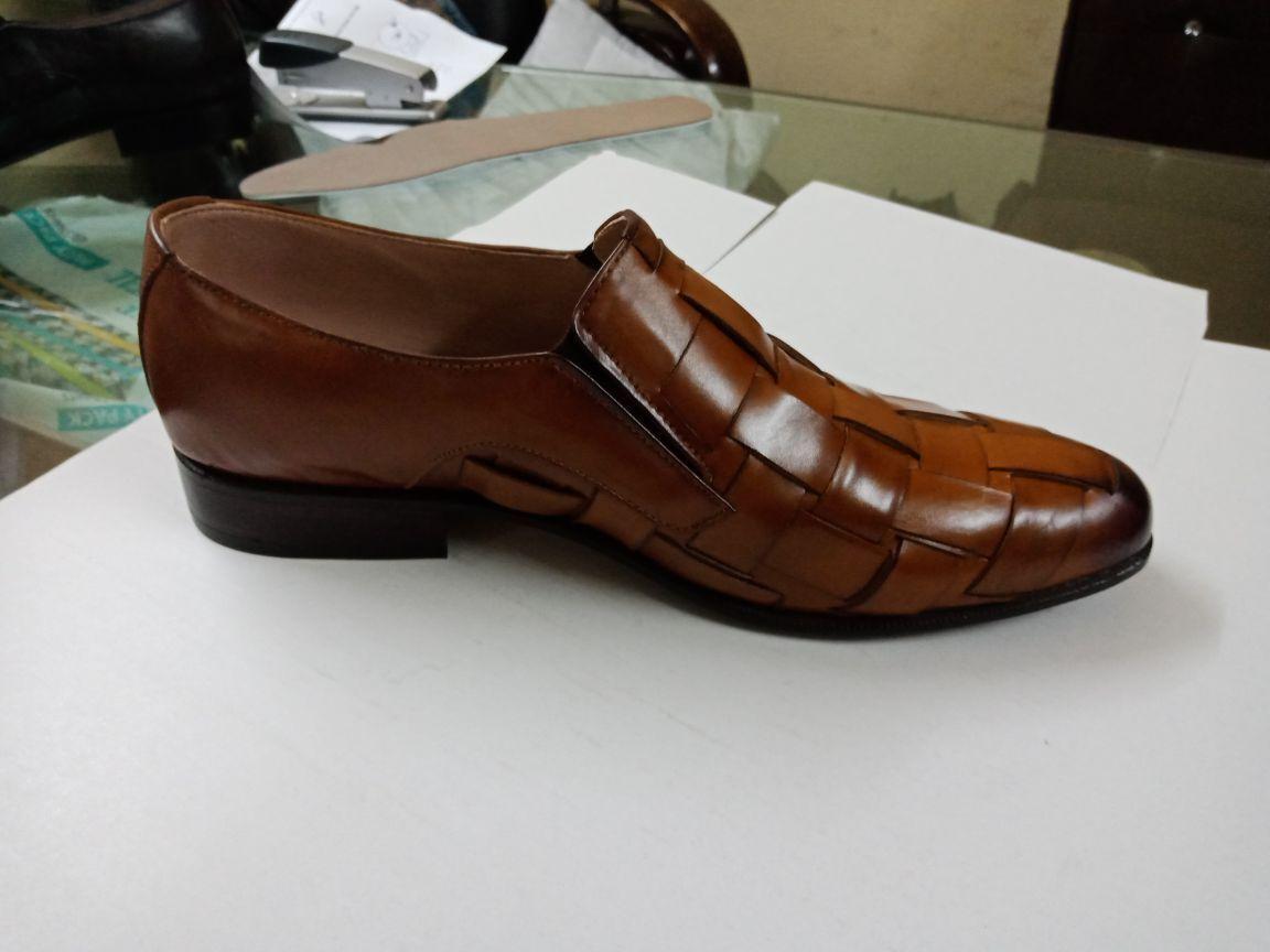 100% nuovo di zecca con qualità originale Handmade Uomo Tan colore Leather strap Loafer Loafer Loafer moccasins scarpe Uomo formal scarpe  prendiamo i clienti come nostro dio