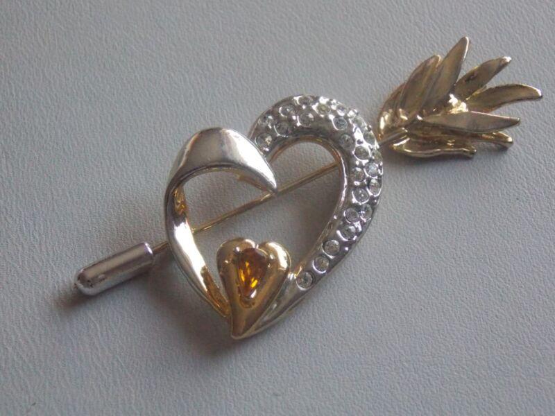 Charming Gold Tone & Diamante Heart & Arrow Stick Pin Brooch