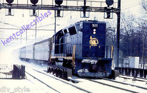 Central-of-New-Jersey-GP40P-postcard-passenger-locomotive-train-railroad