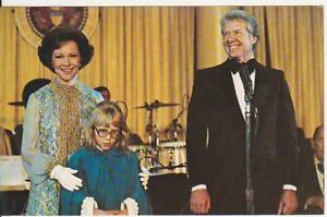 Coral-Lee-politics-postcard-President-Jimmy-Carter-Rosalyn-and-Amy-at-1977-i