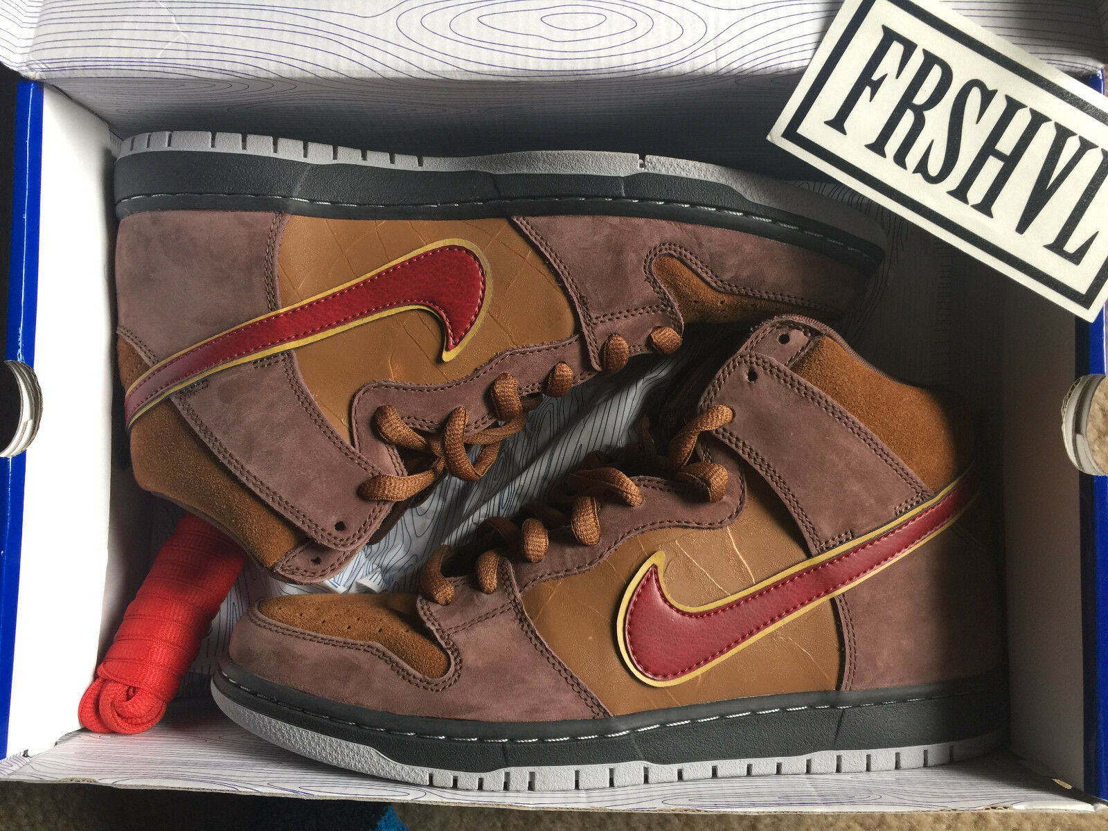 NIKE DUNK MID PRO SB  CIGAR  WORN 1X ONLY