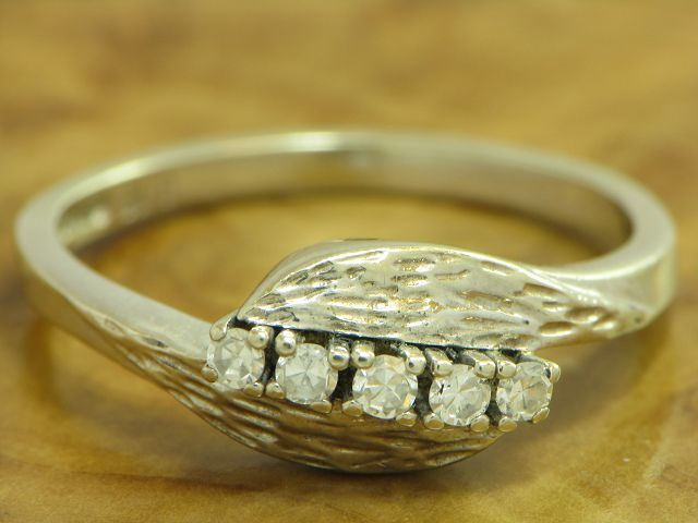 14kt 585 GOLD WEIßGOLD RING MIT 0,15ct. DIAMANT BESATZ DIAMANTRING BRILLANTRING