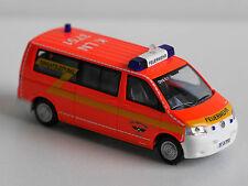 """Rietze 51851 SoMo Volkswagen T5 Transporter Bus """"Feuerwehr Köln"""""""
