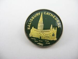 Vintage Foreign Pin UK England: Salisbury Cathedral