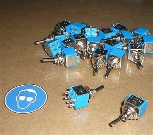4x-Mini-Schalter-Miniatur-Kippschalter-Hebelschalter-2-Wechsler-6-polig-3A-2xUM