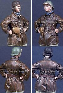 Alpine-Miniatures-1-35-35197-WW2-French-Tank-Crew-2