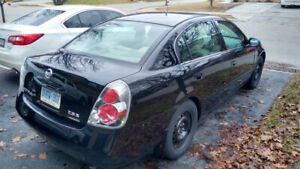 2005 Nissan Altima 2.5S-automatic-NO ACCIDENTS-204k-sold AS IS