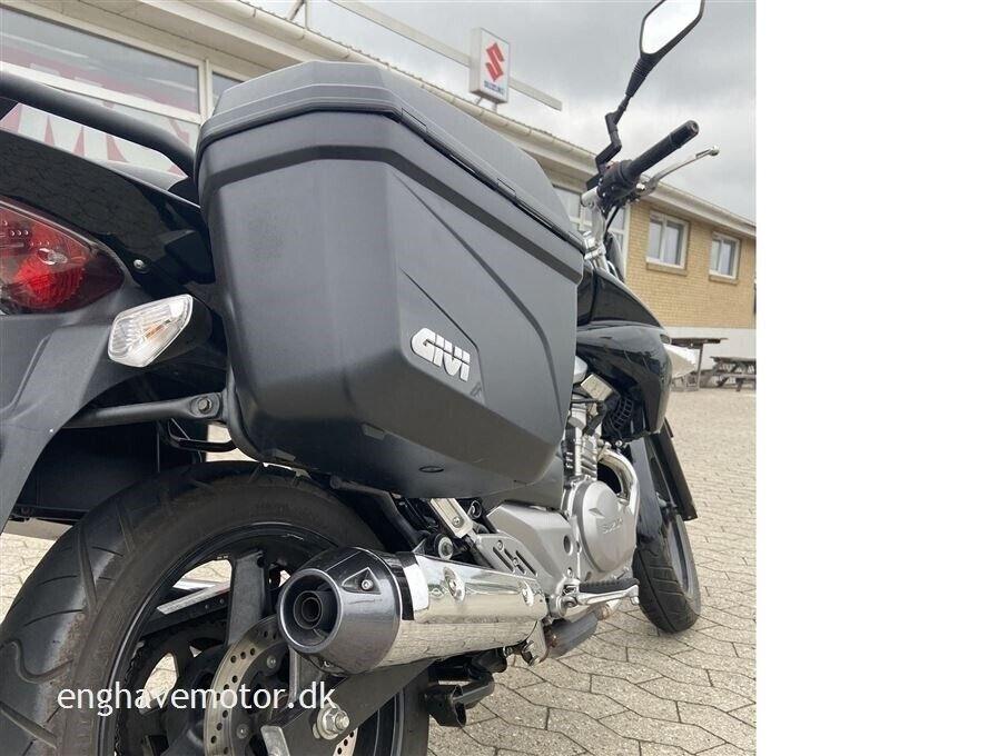Suzuki, GW 250, ccm