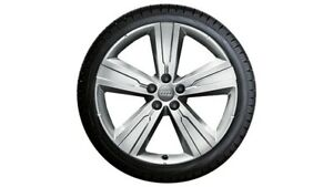 Genuine-Audi-Q7-SQ7-4M-Winter-Tyre-and-Wheel-Sets-in-5-arm-crena-design-255-50