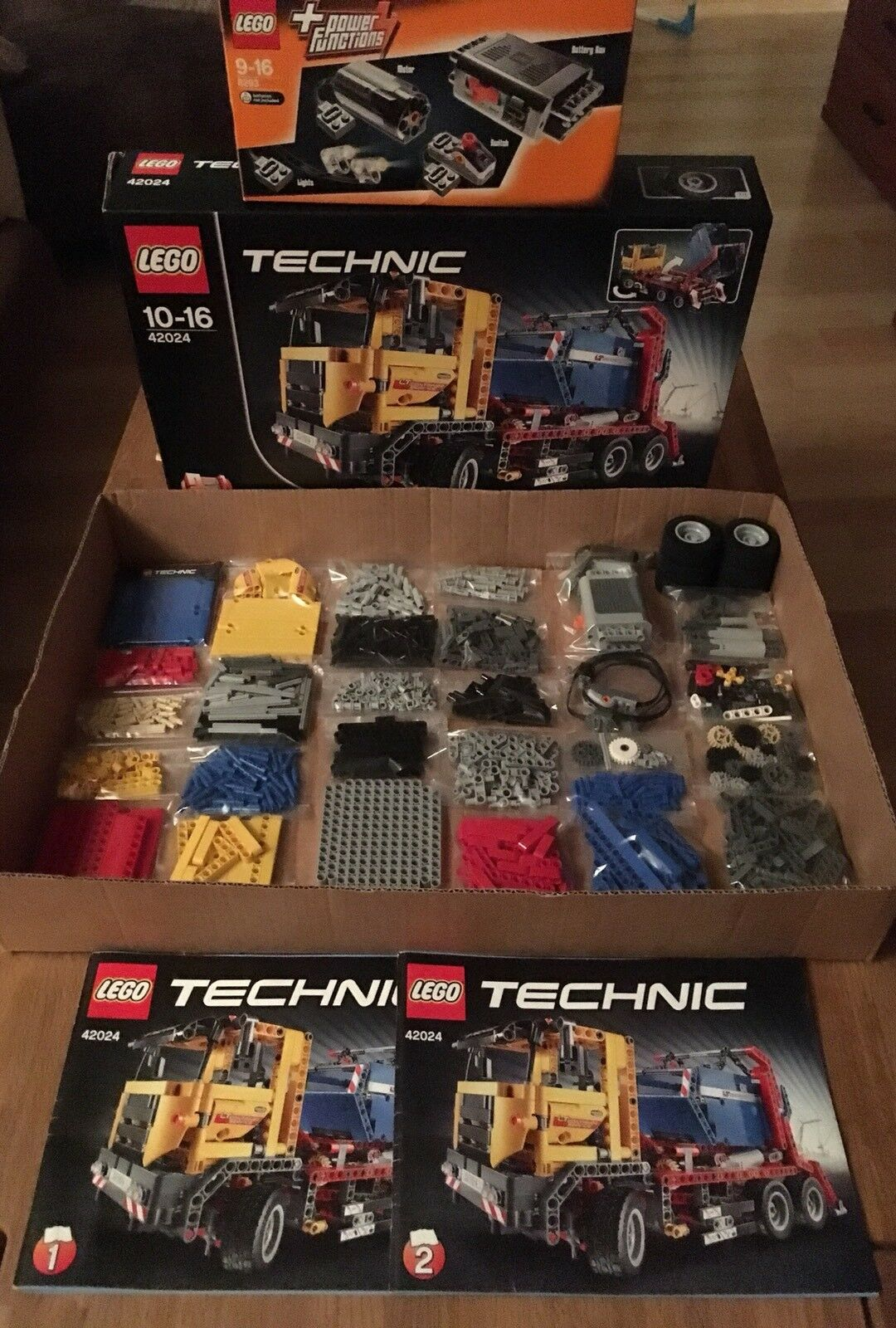 Lego Technic 42024 contenedores Truck. incl. 8293 Power Funktions set. 100% completo