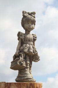 SARAH-KAY-Figuren-Skulptur-Vidroflor-Lilli-Laura-Lucie-Lotti-Lina-Leoni-Steingus