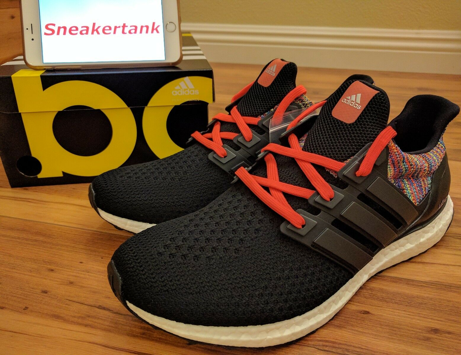 DS MiAdidas Ultra Boost Rainbow Multicolor Comfortable
