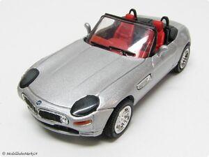 BMW-z8-Cabrio-in-argento-metallizzato-1-43