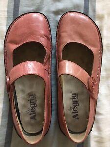 Alegria Shoes Size 38 8-8.5 Comfort