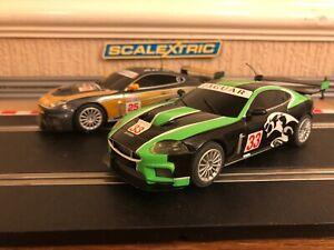 Scalextric Jaguar Xkr Gt3 Paquet double entièrement entretenu et tresses neuves