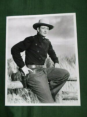 John Wayne Legendary Film Movie Star 10x8 Glossy Black /& White Photo Print