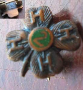 Vtg-4-H-Club-Bronze-2-Year-Pin