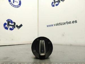 Remote-Lights-3C8941431-3462056-Volkswagen-Golf-VI-Variant-AJ5-Sport-04-0
