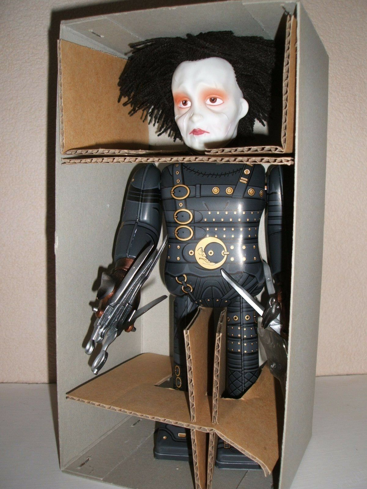 MEDICOM EDWARD SCISSORHANDS WALKING TIN ROBOT NEW IN HIGH GRADE BOX