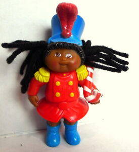 Cabbage-Patch-Kids-CPK-McDonald-039-s-Christmas-Doll-Majorette-Red-Blue-1994-flaw