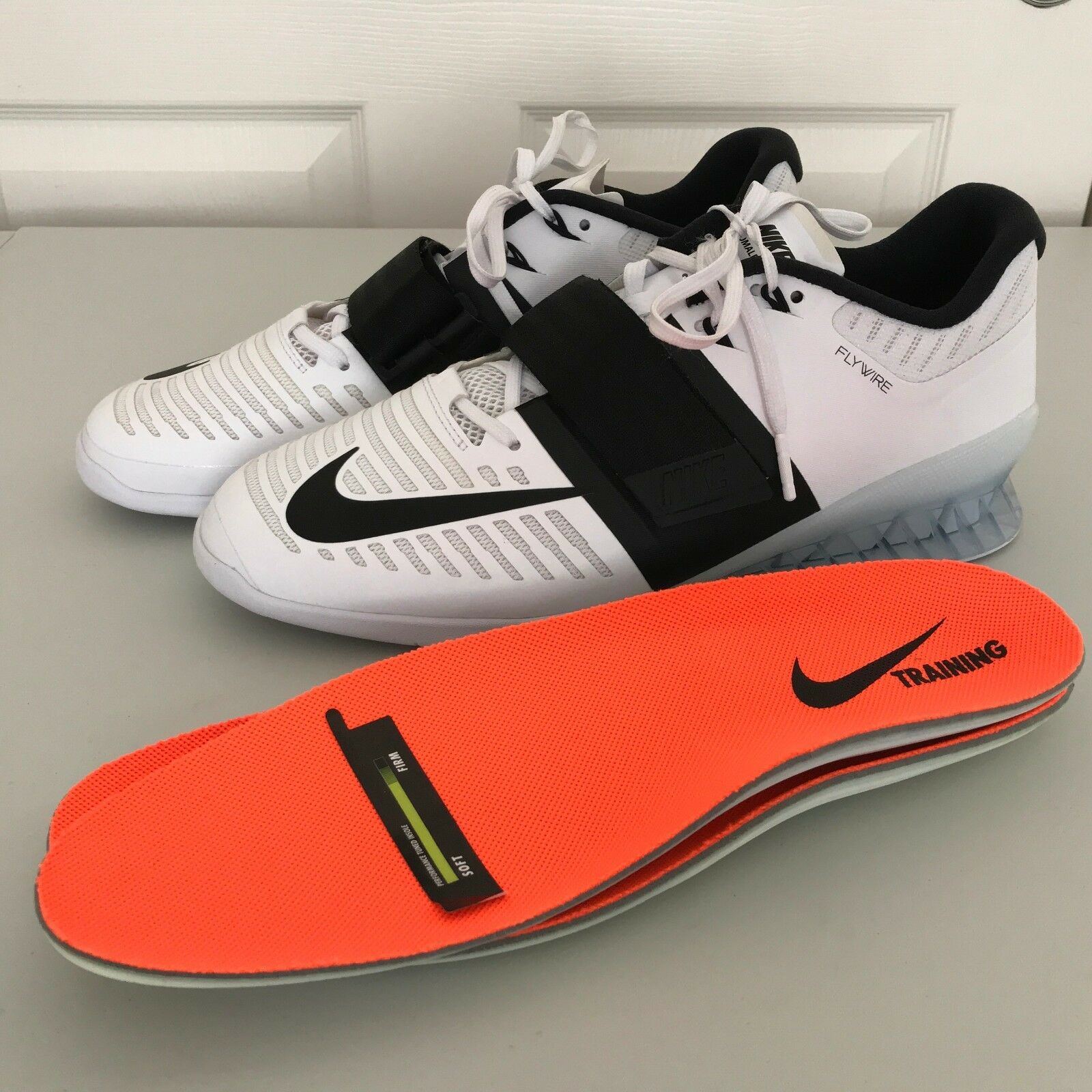 Nike Romaleos  3 bianca nero Weightlifting Training scarpe 852933 -101 Mens Sz 12.5  sconto di vendita