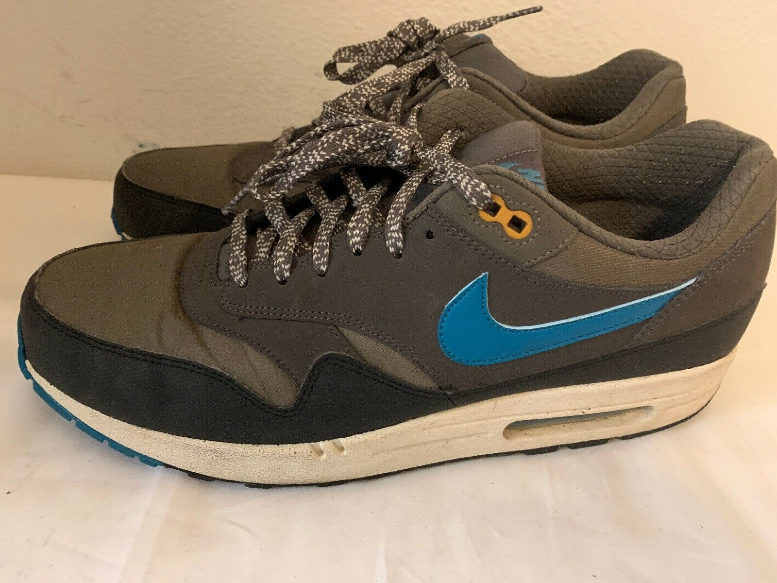 Nike Air shoes Size 12 537383 -231  2013