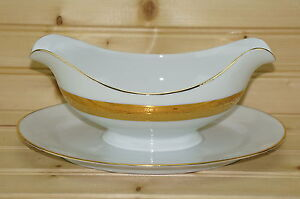 Royal-Bavaria-Gold-Encrusted-18k-Gravy-Boat-with-Attached-Underplate-9-1-2-034-x-6