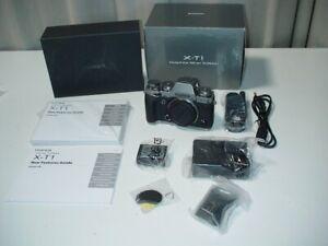 Fujifilm-X-T1-Systemkamera-Digitalkamera-Kamera-ohne-Objektiv-Graphite-Silver