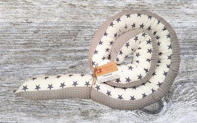 Handmade ★♥ ♥★ Bettschlange Baby Nestchen Weiß mit grauen Sternen NEU