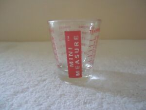 Nice Vintage Glass Shot Measure GREAT ITEM VERY GOOD CONDITION