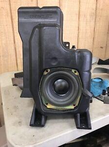 04-09 Cadillac SRX Rear Bose Subwoofer Speaker Oem 25718355
