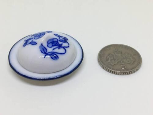 Maison de poupées miniature 1:12th échelle bleu et blanc à motifs assiette avec couvercle