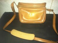 """Vintage Brown Vinyl Camera Bag / Case. 8 1/2"""" W X 5"""" D X 6"""" H Shoulder Strap"""