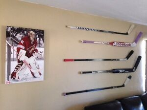 Hockey-Stick-Display-Mount-Hanger-Holder-Game-Used-Autographed-5-PACK