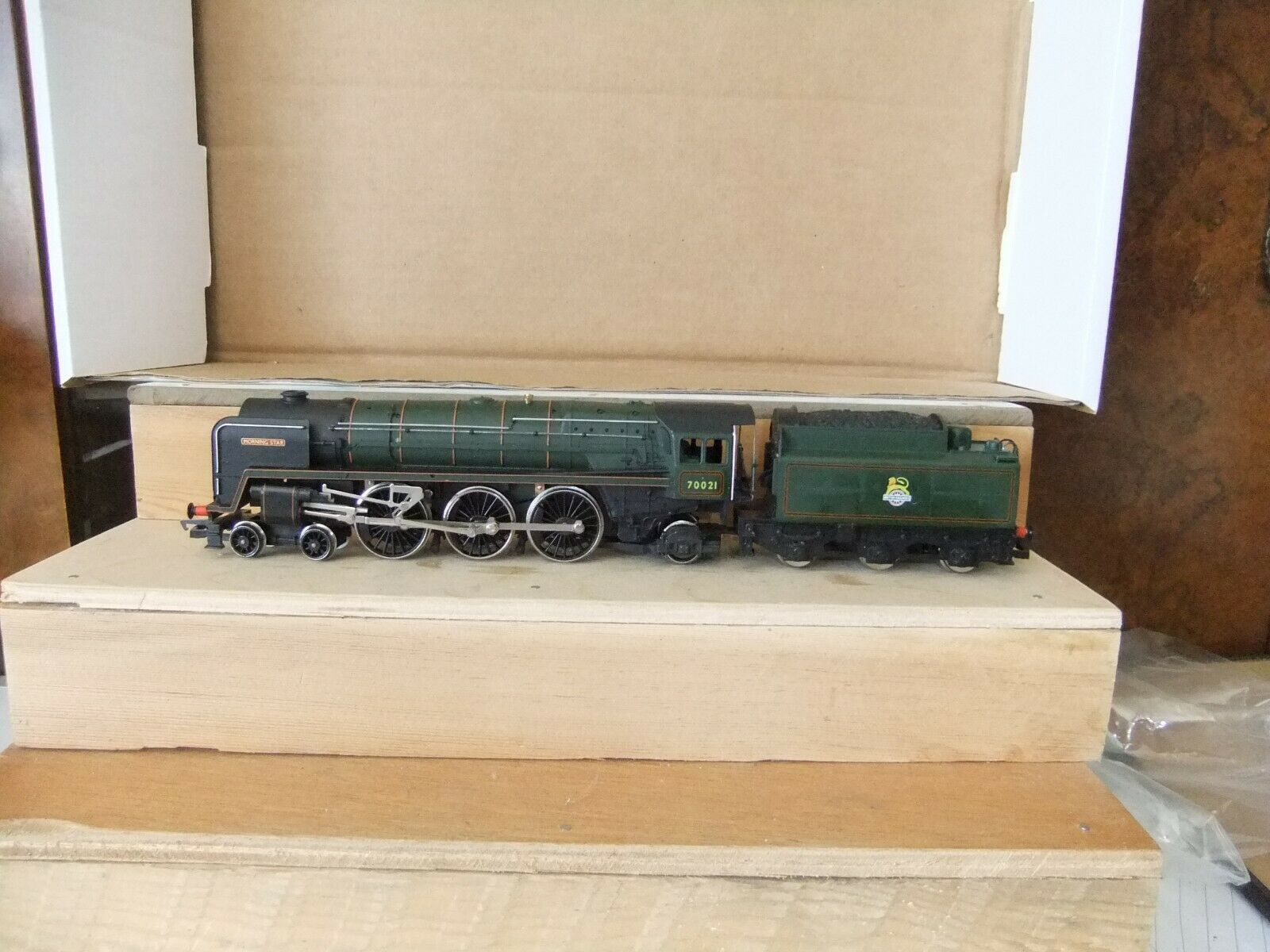 Hornby R.033 BR Green Class 7MT 4-6-2 Locomotive Morning Star 70021, part boxed
