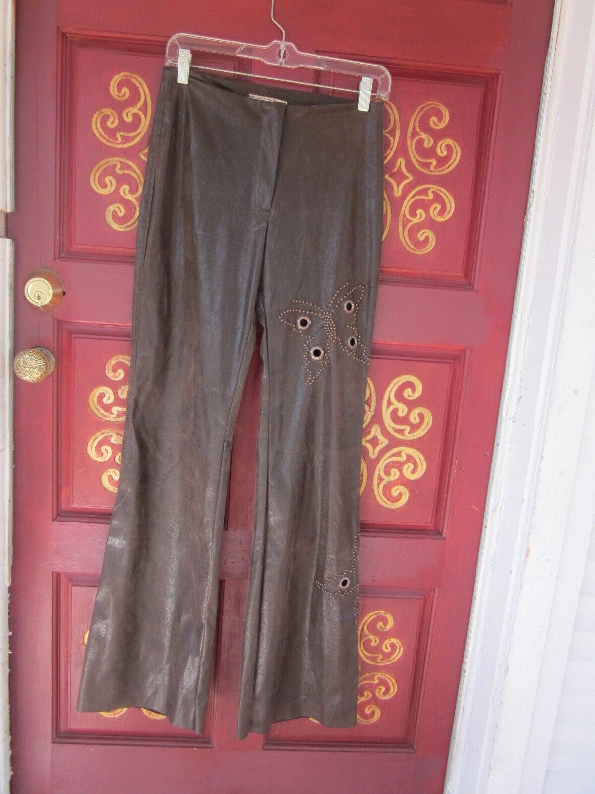 Very Hippy look faux leather w Butterfly grommets design on leg France Größe 4-6
