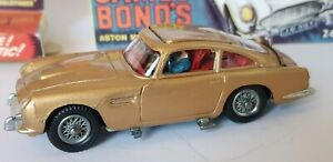 Corgi-261-James-Bond-007-Aston-Martin-DB5-1965-Primera-edicion-original-coche